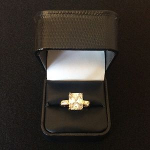 NEW Vermeil 925 Silver CZ Ring.